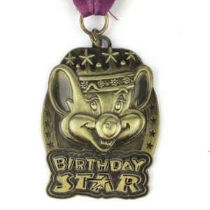 Chuck E Cheese Birthday Star Metal Medal Medallion